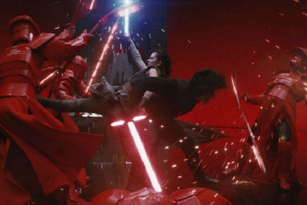 kylo-and-rey-vs-guards